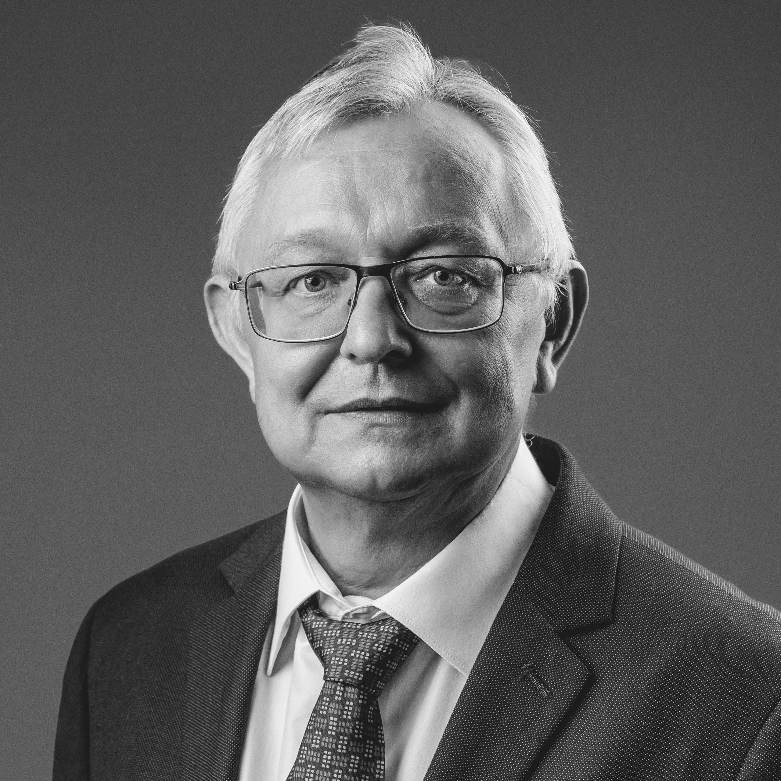 Дмитрий Канарейкин